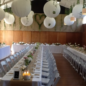 Hall decoration white lanterns